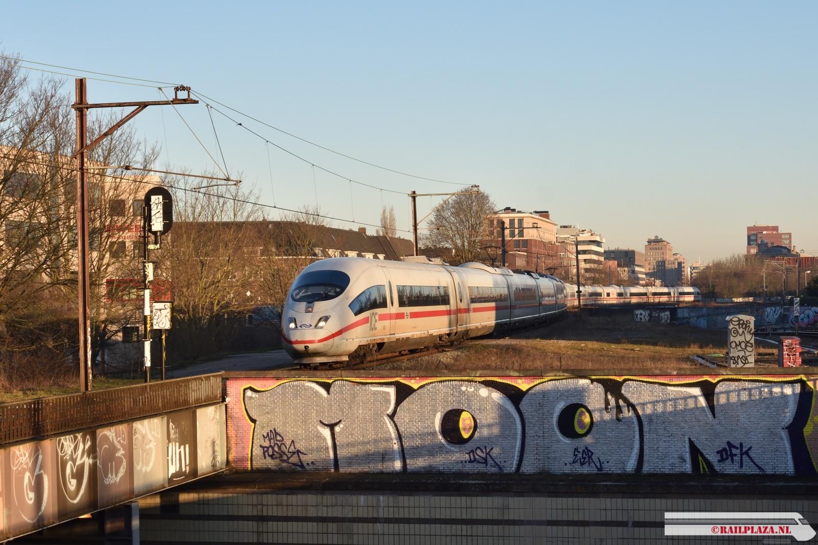 4653 / 4684 - Amsterdam Amstel