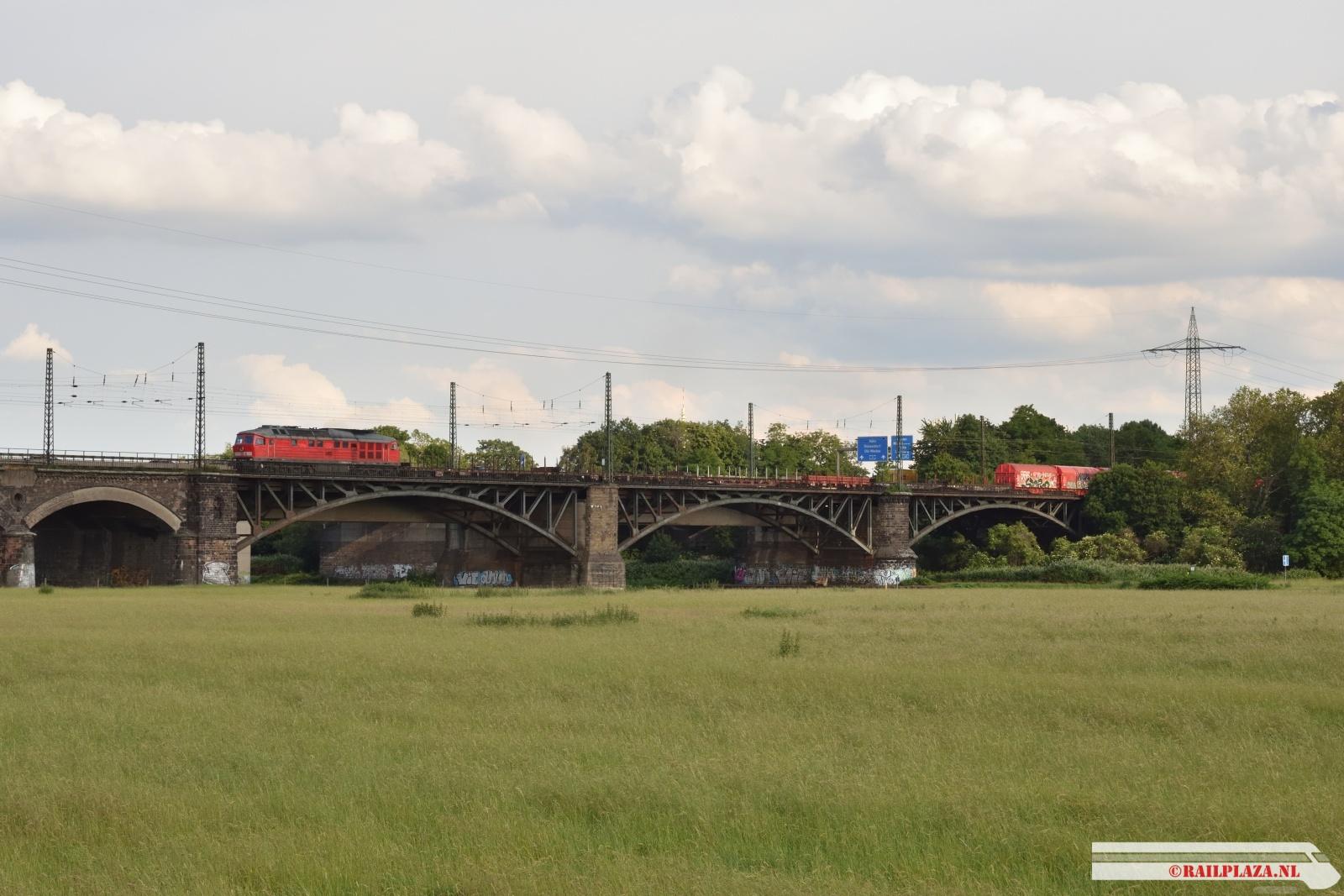 232 654 - Duisburg