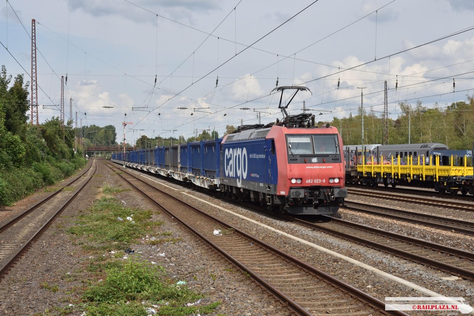 482 023 - Düsseldorf Rath